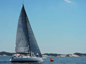 Com. Cup boat